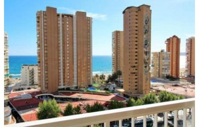 ocasion apartamento con vistas al mar y con piscina y parking