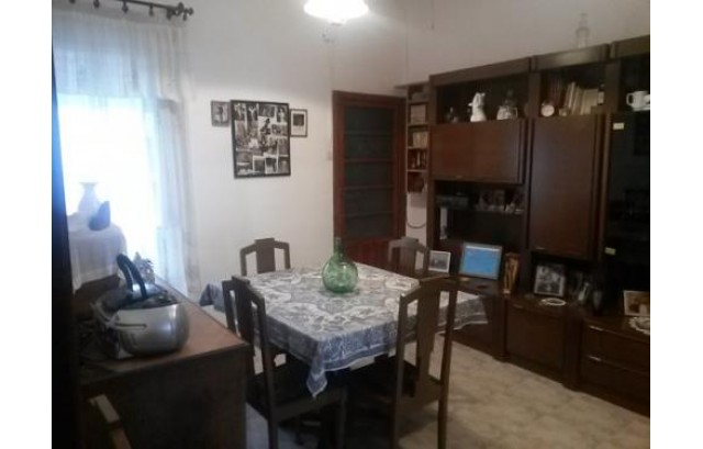 Casa reformada de 2 plantas en Albacete para inversión negocio y entrar a vivir