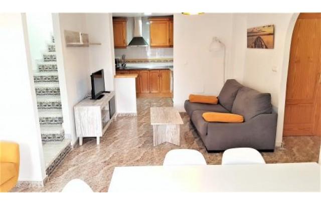 Apartamento en La Zenia con vistas al mar desde el solarium.