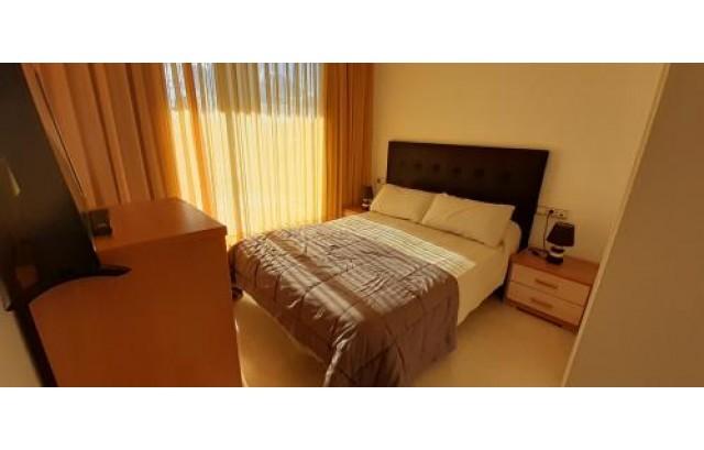 Apartamento de esquina con Vistas al mar zona Poniente Benidorm